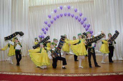 Сабирова Гульнара Барыевна 50-сти летний юбилей школы